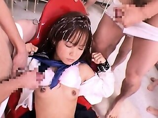 Teeny-weeny japanese teen..