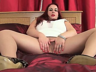 Mature BBW Devon Germane to..