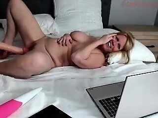 Dazzling BBW Webcam Broad in..