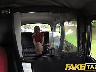 FakeTaxi: Sexy blond mother..