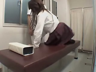 Jap schoolgirl has fun in..