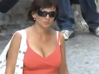 Bouncing Boobs in Public #3..
