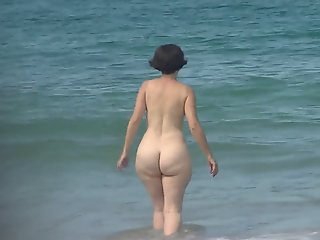 stunning pawg mature pear..