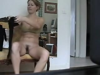 Sexy milf spied on nude cam..