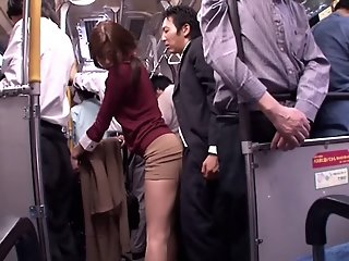 Japanese whore sucks dick in..