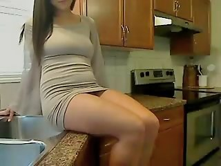 Nice babe likes being filmed..