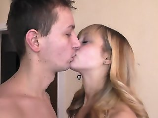 Homemade couple vid shows me..