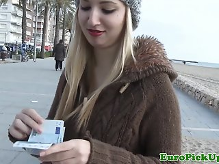 Eurosex amateur facialized..
