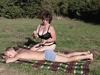 Brunette BBW-Milf Outdoors..