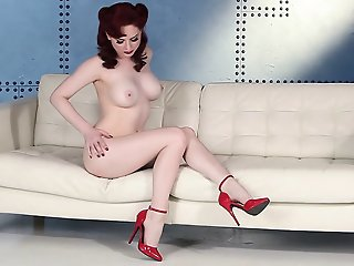 American Pinup with redhead..