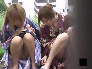 Sexy japanese girls wearing..