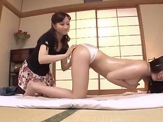 Japanese Lesbian Babes:..