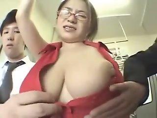 Malaxe mes seins