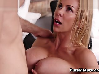 Alexis Fawx in My Sexy..