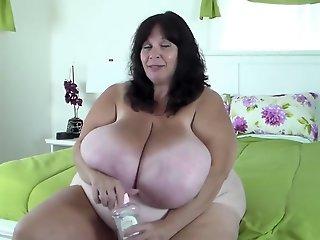 Suzie s enormous udders