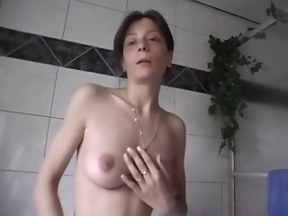 German Milf masturbating
