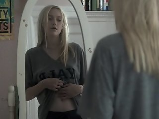 Dakota Fanning and Elizabeth..