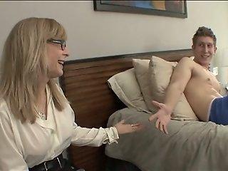 Fucking My Aunt (Nina Hartley)
