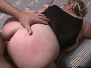Big Tit Big Butt Blonde Milf..
