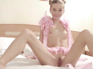 Taya Karpenko in Pink