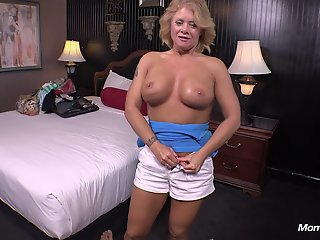 Country MILF loves young..